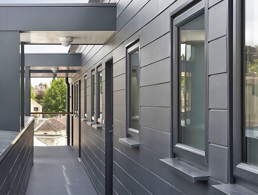 Фиброцементный сайдинг: бетонная прочность с древесной фактурой